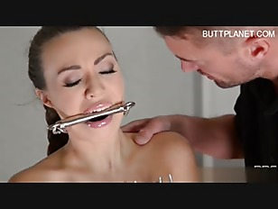 Brunette Young Chick Hardcore Play