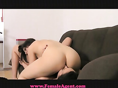 Femaleagent Fantastic And Naive