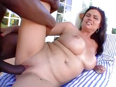 Wild Babe Gets Her Hot Pussy Filled With Hard Cock
