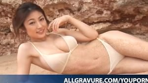 Kumada Yoko Busty Is Romantic In Nature