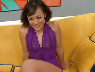Sexy Chinese Hottie Jandi Lin Squirts
